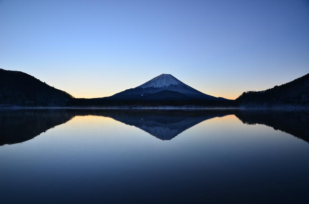 【精進湖】2013年12月21日 06:51撮影