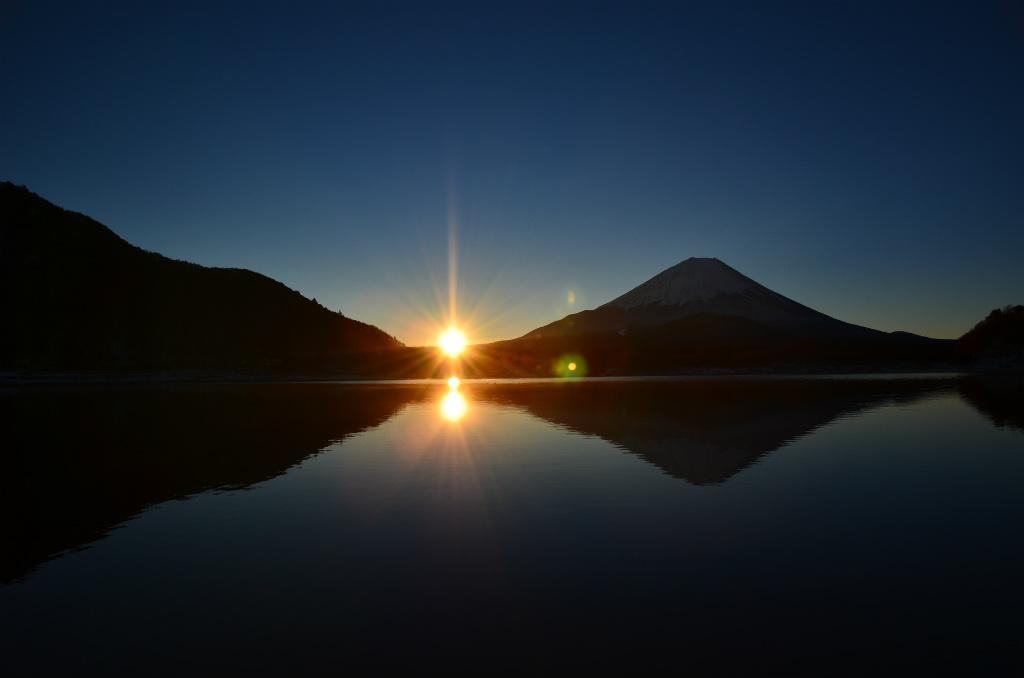 【精進湖】2013年12月21日 07:09撮影