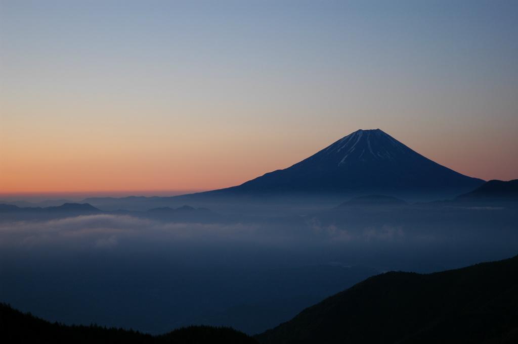 【櫛形山】2005年05月08日 04:23撮影