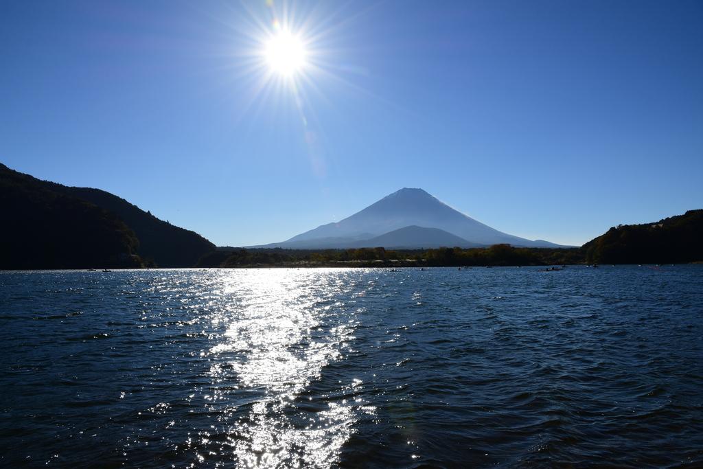 【精進湖】2015年10月25日 08:15撮影