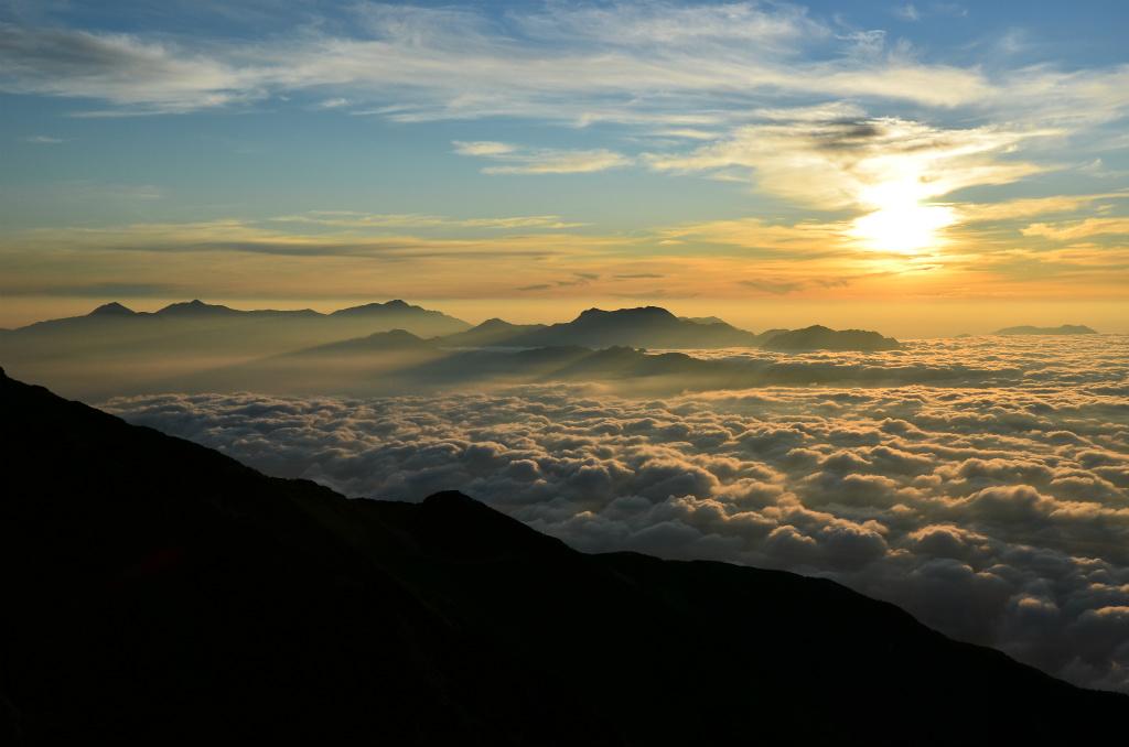 【唐松岳】2011年08月14日 05:21撮影