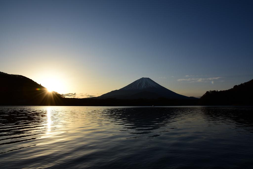【精進湖】2019年02月10日 07:07撮影