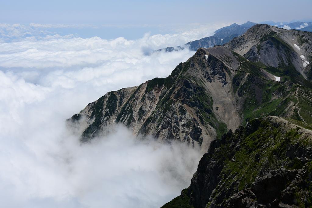 2971f5599c67ad873002437e0bbab0db - 【白馬岳の絶景撮影登山】北アルプスに荒れ狂う大海原は猛々しい白馬岳と雲海の絶景でした