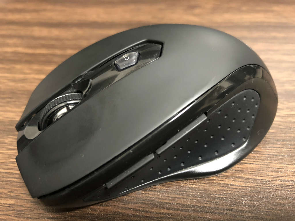 Qtuo 01 - 人気の Qtuo 2.4G ワイヤレスマウスのホイール空回りにイライラ!